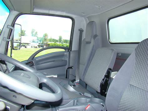 Truck Interior by 2014 Isuzu Truck Interior Top Auto Magazine