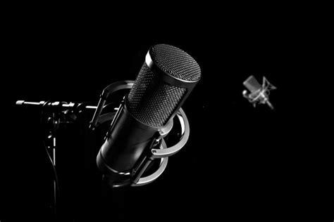 Headphone Untuk Rekaman microphone terbaik untuk memulai home recording studio