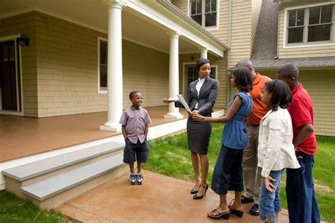 help buying a house for single moms veja dicas de como se tornar um bom corretor de im 243 veis