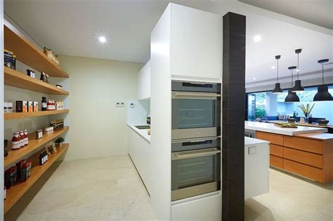 superb kitchen and scullery build in a new home moda the newyorkplatinum displayhome only at homegroupwa