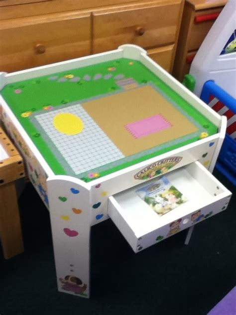 Calico Critters Play Table Calico Critters Play Table