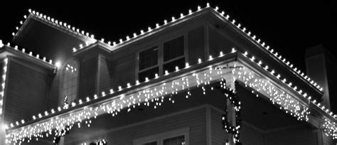 safe tips alternatives to hanging christmas lights on gutters