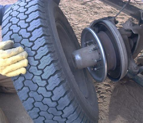 tire balancing centramatic automatic on board tire and wheel balancers
