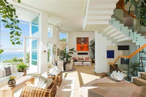 14 excellent beach themed living room ideas decor advisor paradise theme living room photos