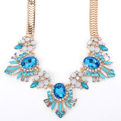 Bross Brooch Fashion Korea Oval Chain blue decorated oval shape design alloy bib