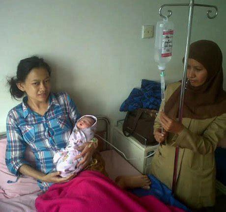 Kasur Bayi Di Bandung kisah bahagia ibu di bandung yang melahirkan bayi 11 12 13