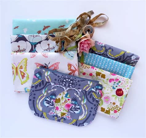 zippered fabric pouch pattern cat eye zippered pouch free pattern tutorial thread