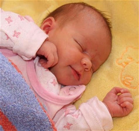 wann schläft mein baby durch durchschlafen wann schl 228 ft mein baby endlich durch
