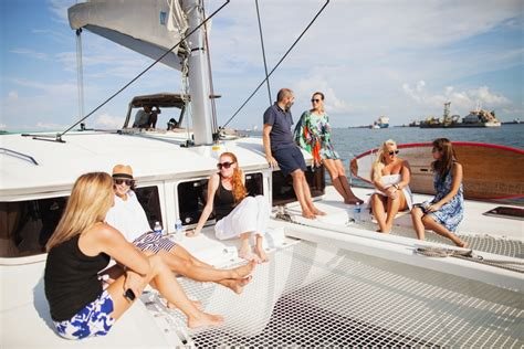yacht party singapore sunday sailing with infinity sails 187 irina nilsson photography