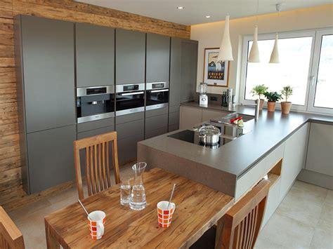 küche tisch kuchen mit kochinsel und esstisch k 252 che mit esstisch