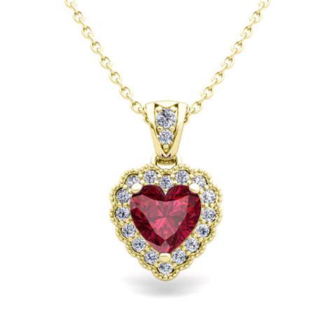 milgrain and garnet necklace in 14k gold pendant