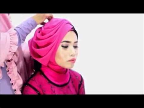 tutorial jilbab wisuda youtube 26 best hijab style images on pinterest hijab outfit