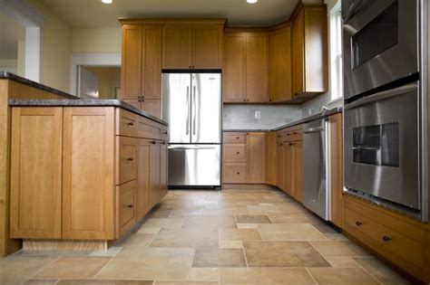 What Color Floors Match Light Maple Cabinets in the