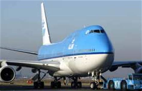 cheap airline   amsterdam travel tips