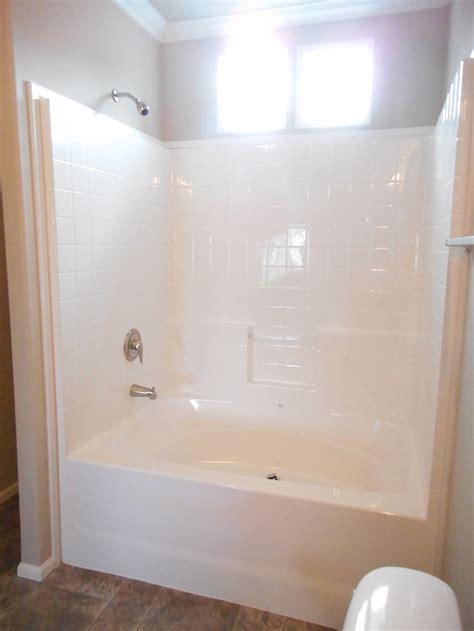 Fiberglass Bathtub Insert by Fiberglass Bathtub Insert Home Design Ideas And Pictures