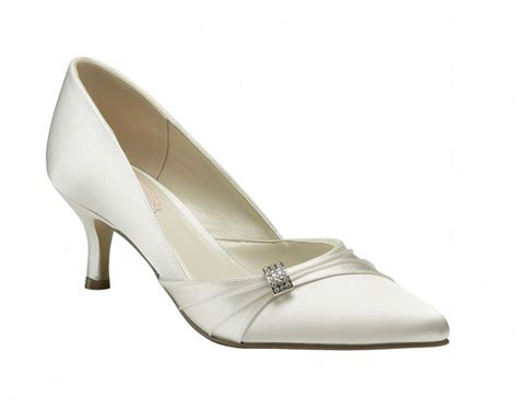 most comfortable wedding shoes 25 best ideas about comfortable wedding shoes on