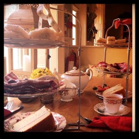 traditional afternoon tea picture  country kitchen