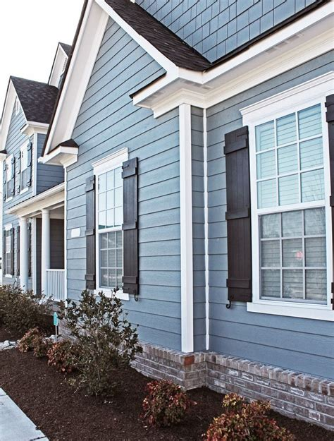 blue siding house 1000 ideas about blue vinyl siding on pinterest vinyl
