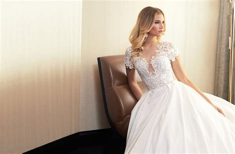 Brautmode Abendkleider by Mery S Couture Brautmode Hochzeitskleider Abendmode