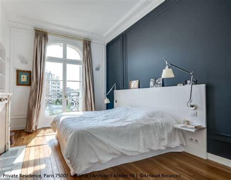 Artemide Tolomeo Basculante Parete Wall L - a beautiful bedroom featuring both tolomeo basculante