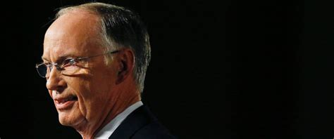 robert bentley alabama gov robert bentley resigns following allegations