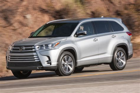 toyota highlander 2017 white 2018 toyota highlander reviews and rating motor trend