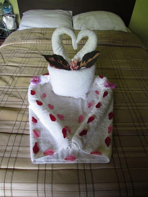 Fancy Paper Towel Folding - best 25 towel animals ideas on towel origami