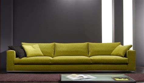 divano verde 17 migliori idee su arredamento divano verde su