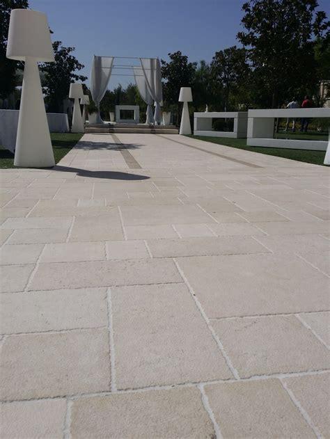 pietra di trani pavimenti news pietra di trani by musicco pietra di trani