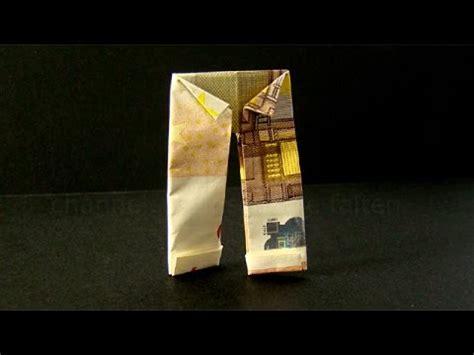 braut aus geldscheinen falten geldscheine falten hose origami kleidung geld falten