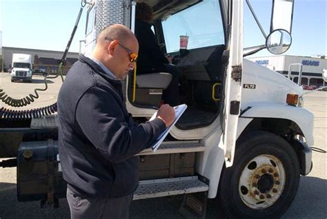 Cdl Background Check Requirements Fmcsa Eases Cdl Process For States Topnews Drivers Topnews Truckinginfo