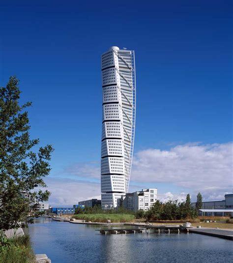 santiago calatrava turning torso tower malmo sweden turning torso tower malmo skyscraper calatrava e