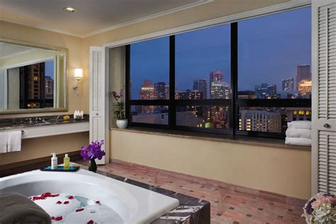 ritz carlton chicago presidential suite