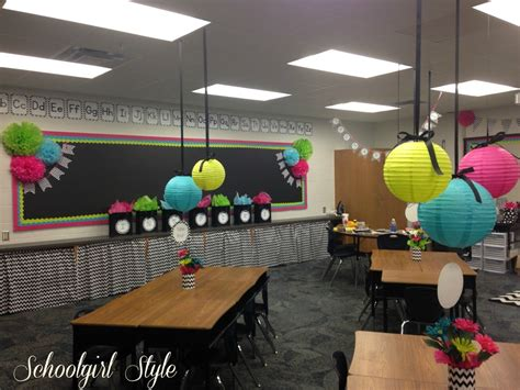 cute themes for school karen marinelli s classroom makeover schoolgirlstyle