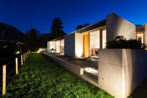 exterior landscape lighting lit professional lighting exterior landscape lighting