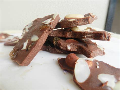 fruit n nut dairy free sugar free fruit n nut chocolate paleo power