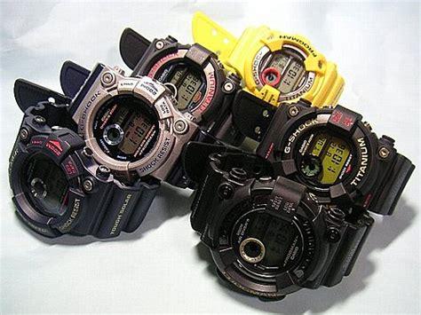 G Shock Dw 8200 B M 隨著1995年第二款frogman g shock dw 8200登場以後 各種配色與限定款式便成為全球數位電子錶玩