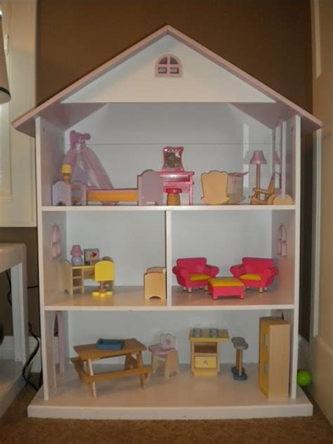 inside a doll house sunshine on the inside dollhouse challenge we re in