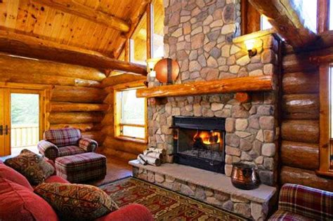 Door Rentals by Log Retreat At Fish Creek Fireplace Maxwelton Braes
