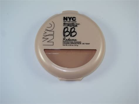 Archiv New York Color Smooth Skin Bb Radiance Sjednocuj 237 C 237 Pudr 2 Odst 237 Ny V Akci Platn 233 Do Nyc New York Color Smooth Skin Bb Radiance Perfecting Powder Review Swatches Musings Of A Muse