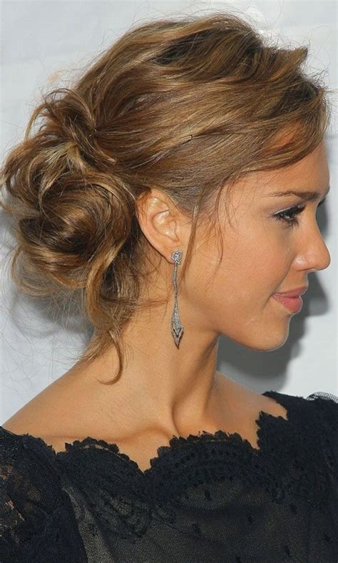 best haircuts in boise updo jessica alba s messy bun celebrity hairstyle http