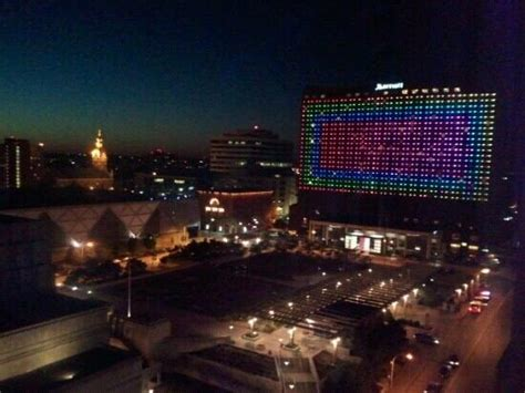 Which Is Better Rooms To Go Or City Furniture - light show on the hotel every picture of kansas