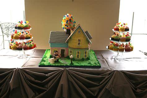 up film wedding disney up wedding cake and cupcakes