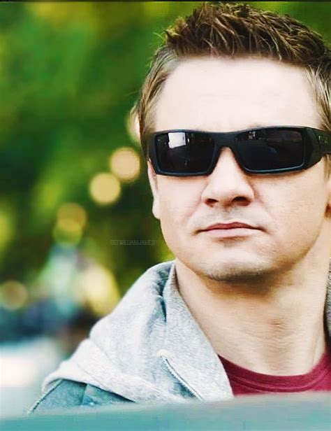 jeremy renner hairstyle 8 best images about avengers on pinterest jeremy