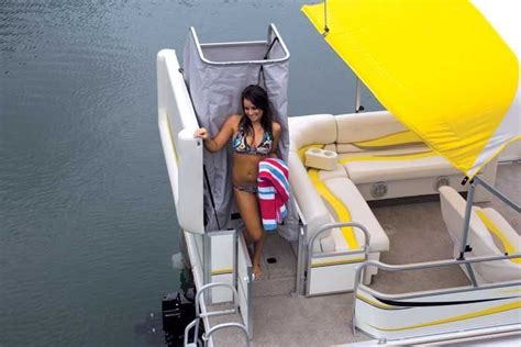 pontoon changing room research fisher boats freedom 241 dlx on iboats
