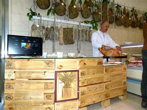 arredamento in pallet arredamento in pallet per negozi bar e locali flab