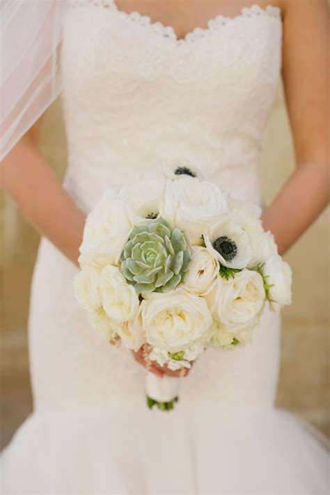 wedding flowers anemone bouquets anemone centerpieces