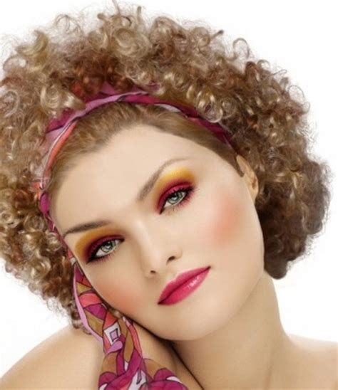 make up for women in their 70 hairstyles 70s disco era