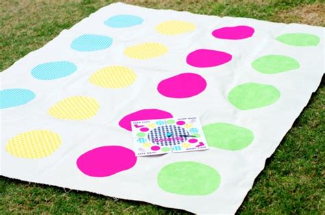 twister dot 3 diy twister game size of mat 55 x 67 quot diameter of dots