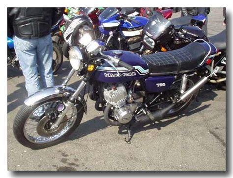 Kawasaki Motorrad Paderborn by Kawasaki Treffen Mann Flirtet Trotz Freundin